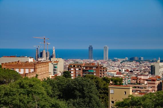 11 バルセロナ市街地.jpg