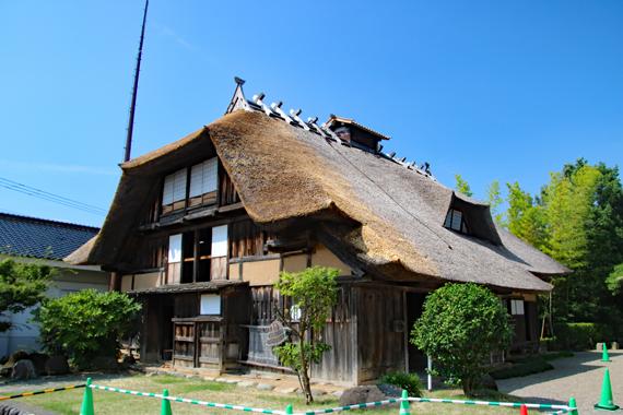 11 旧渋谷家住宅.jpg