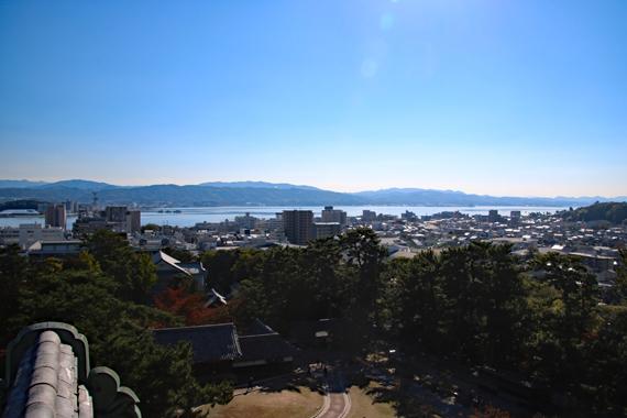 22 天守閣から宍道湖を望む.jpg