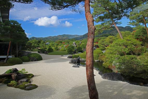 3 庭園.jpg